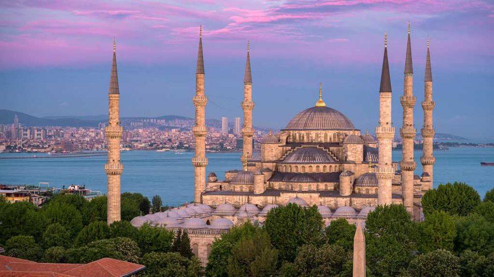 пешеходная экскурсия с гидом в Стамбуле
