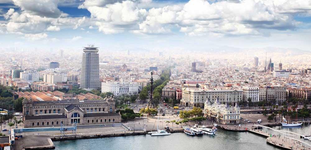 Barselona limandan görünüş