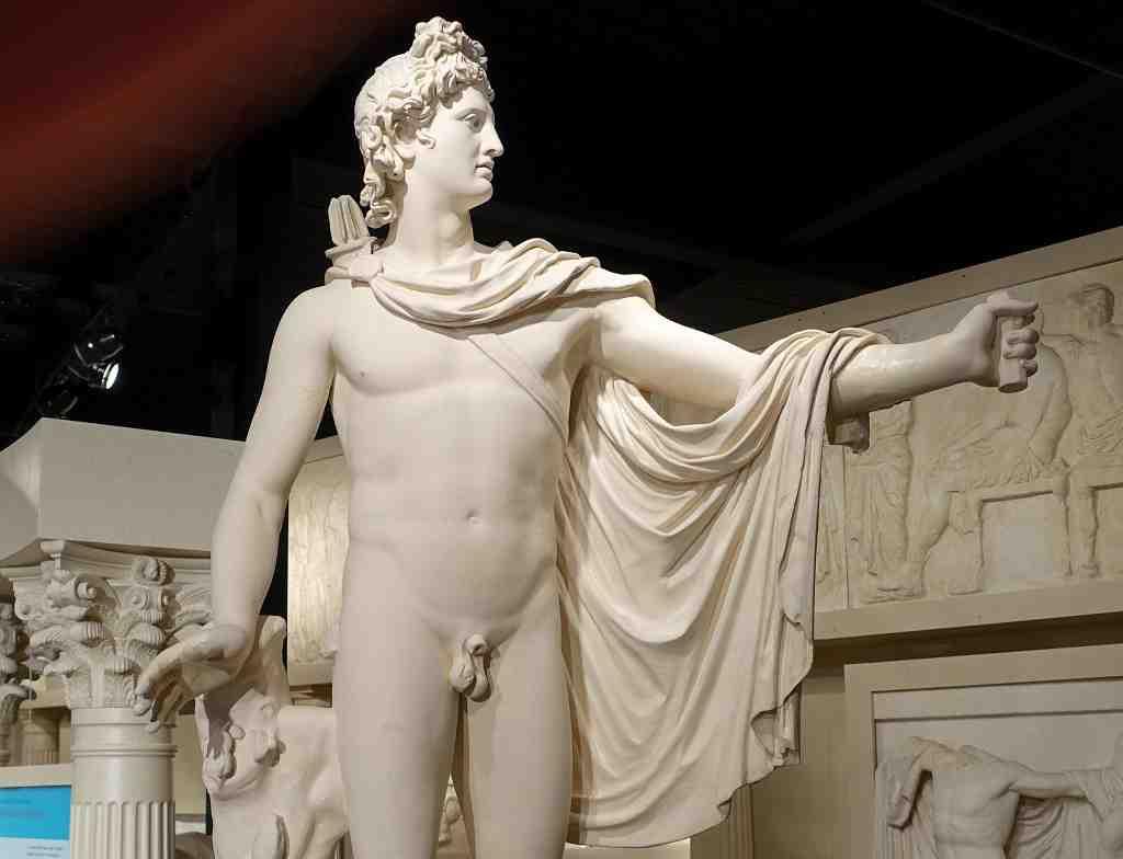esculturas famosas en museos vaticanos, apollo belvedere