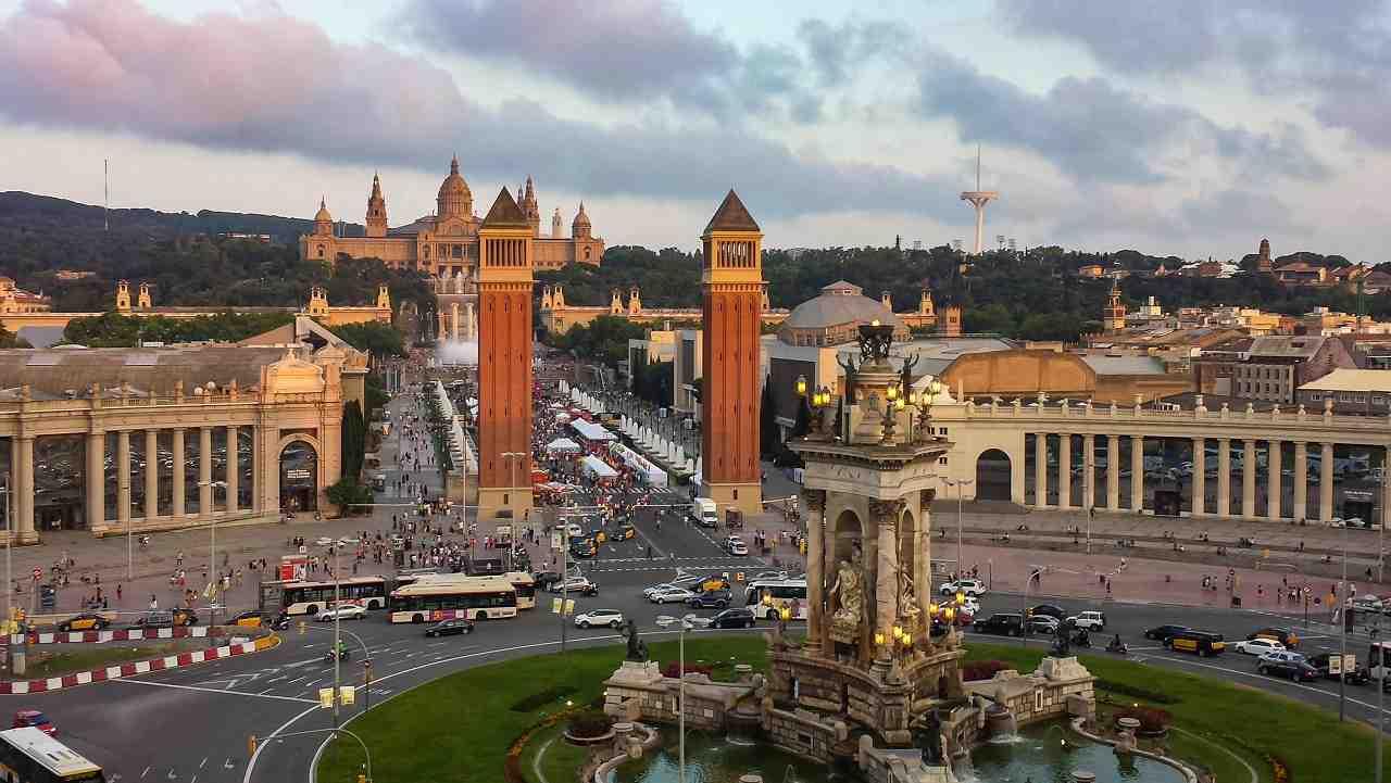 barcelona, ispanya meydanı
