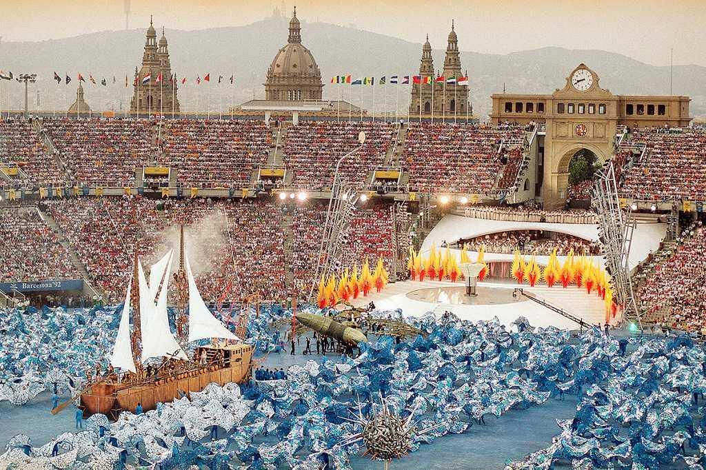 Barcelona Olimpiyat Stadyumu