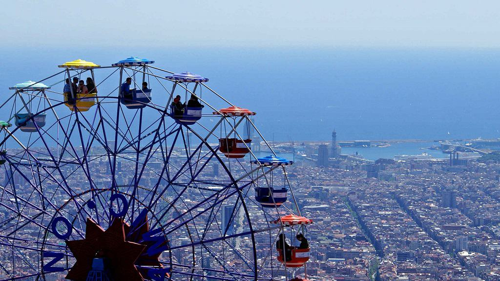 Barcelona'da özel şoför ve rehberle şehir turu