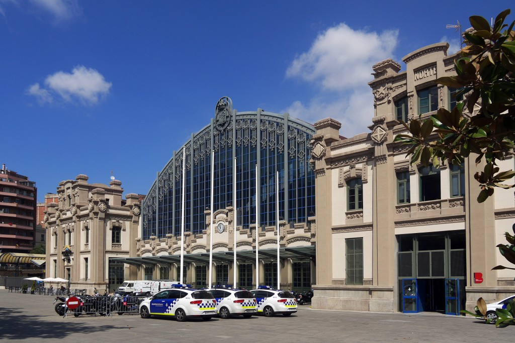 Estacio del Nord Otobüs Garı, Barselona'dan Mesafeler
