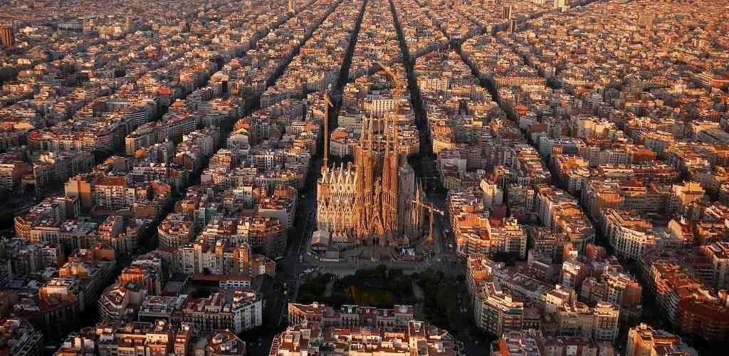 מדריך פרטי דובר עברית המתגורר בברצלונה, גירונה, פיגרס, טרגונה, סיטגס וקטלוניה