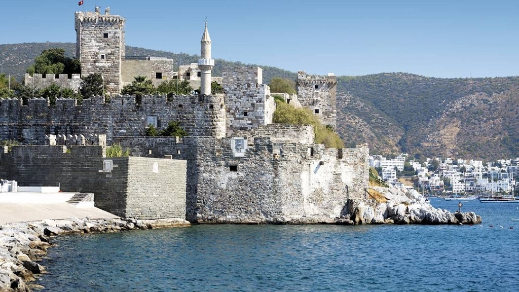 english speaking professional tour guide in bodrum