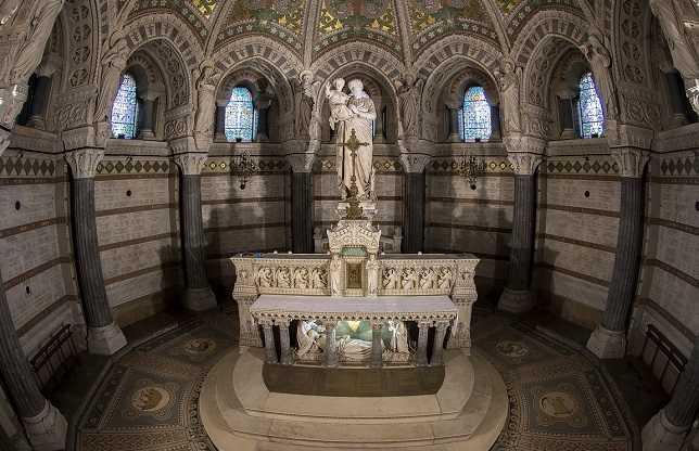 Catedral Cripta De Notre Dame de Paris