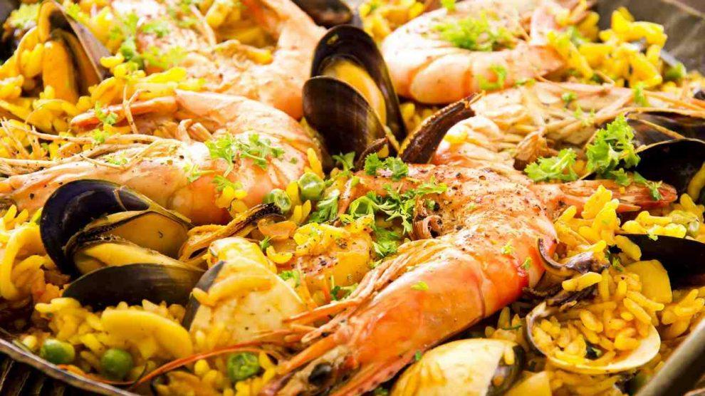 deniz mahsullü paella
