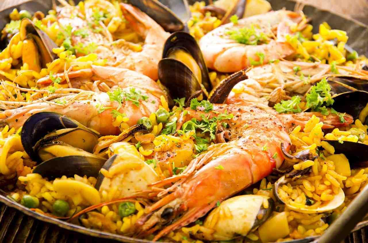 deniz mahsullü paella nasıl yapılır
