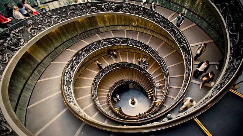 eingang zum vatikan museen