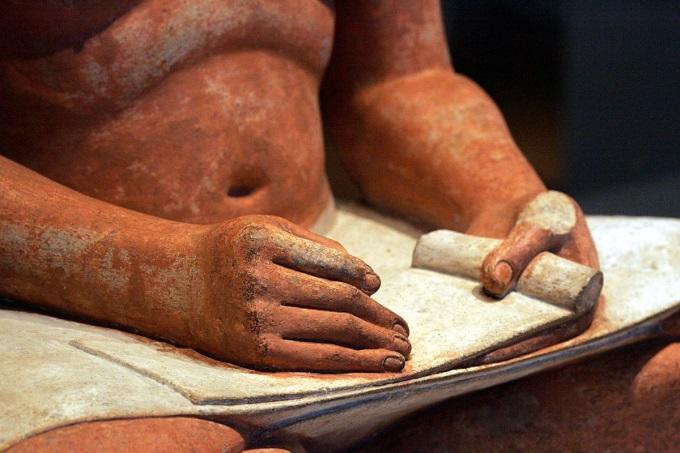Artefactos importantes egipcios en museo del louvre
