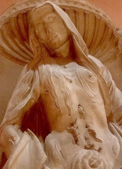 esculturas mejores en museo del louvre