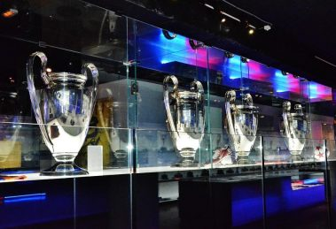 FC Barcelona Müzesi, Kupalar