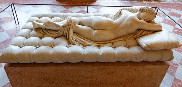 Museo Louvre, artefactos históricos Griegos