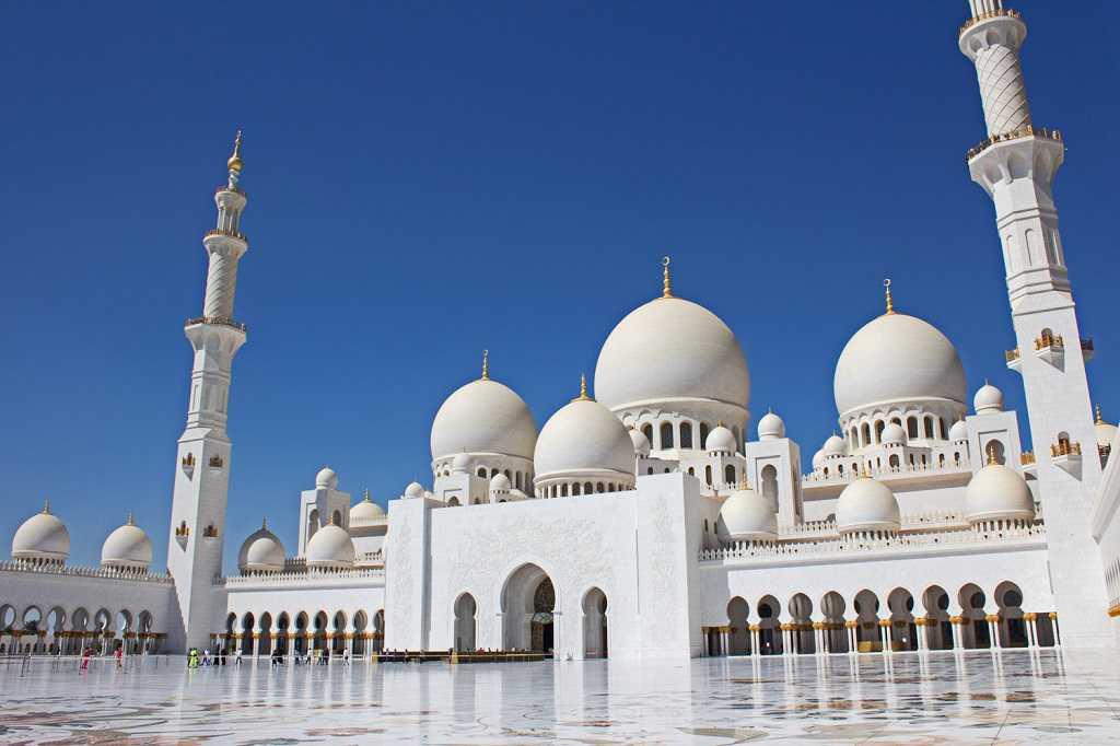 Excursion quotidienne à Abu Dhabi de Dubaï