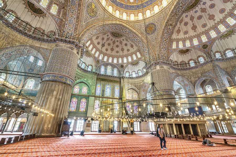 istanbul italyanca turist rehberi