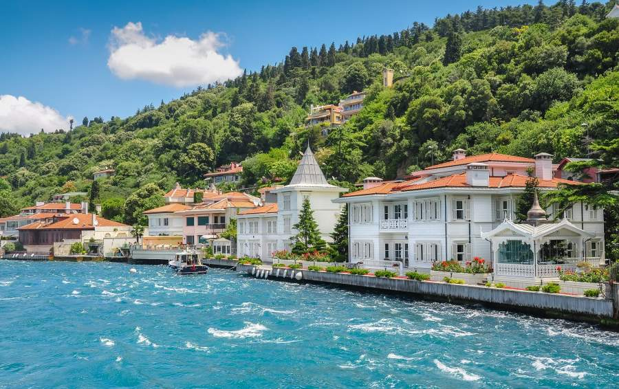 private city tour in istanbul, bosphorus villages and waterside mansions