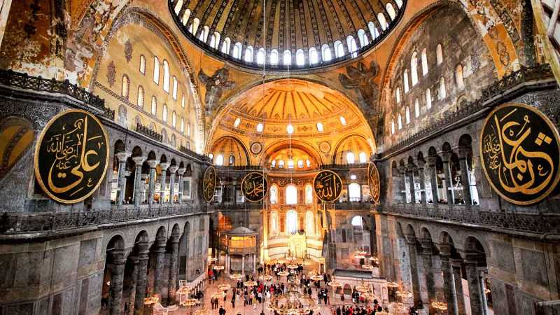 best walking tour in istanbul