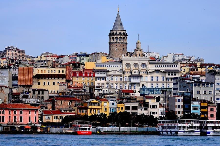 مرشد سياحي عربي في اسطنبول