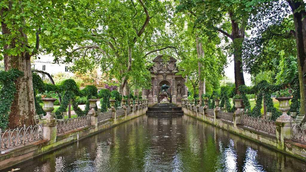 necesita entrada para palacio luxemburgo horario