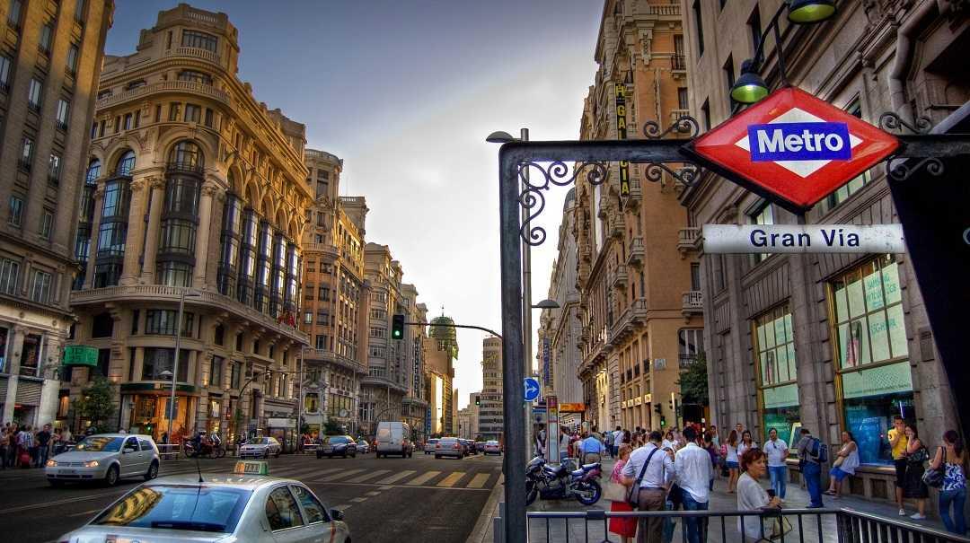 Gran Via Caddesi