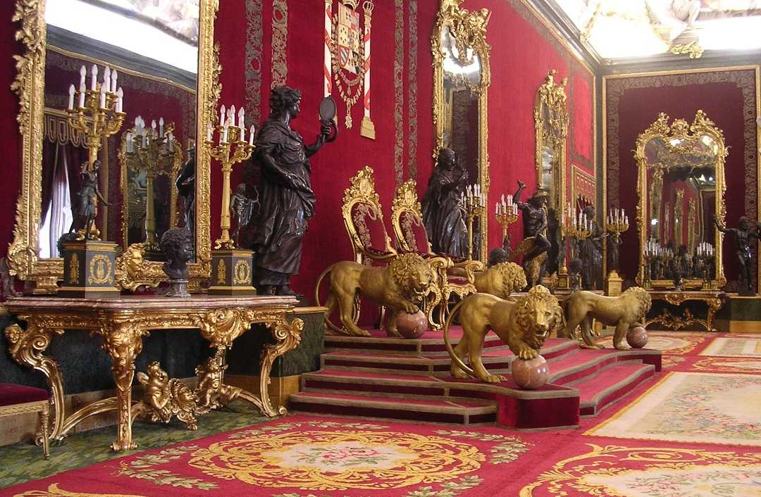 madrid kraliyet sarayının içi