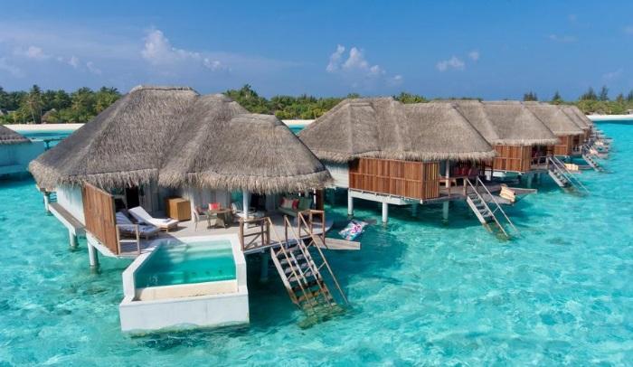 maldivler su üzeri bungalov