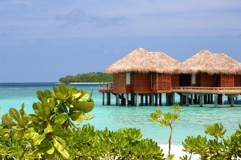 maldivler su üzeri villa