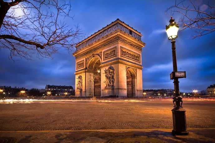 paris'te gezilecek yerler, zafer takı