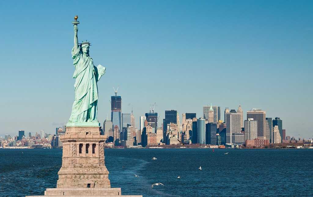 socha svobody lístek new york