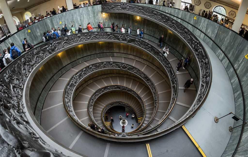 vatikan, spiral merdiven